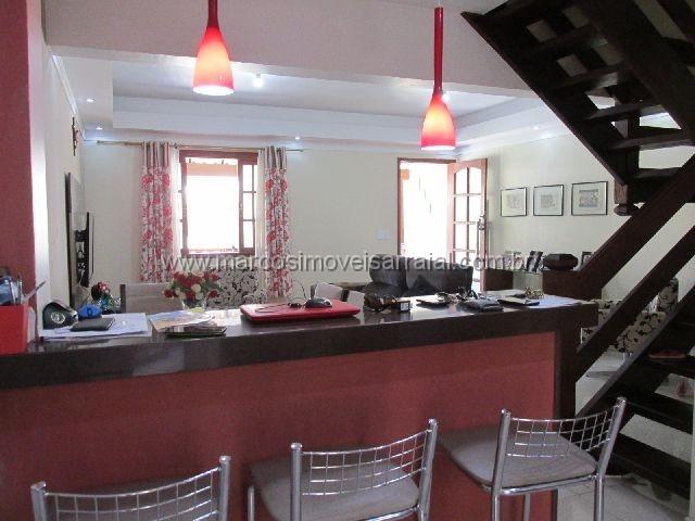Casa com 03 quartos no Centro de Arraial do Cabo