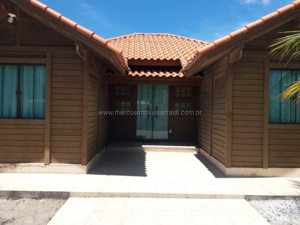 Casa de madeira em Arraial do Cabo