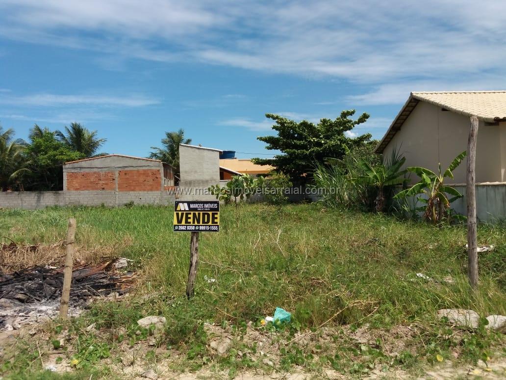 Amplo terreno em Figueira