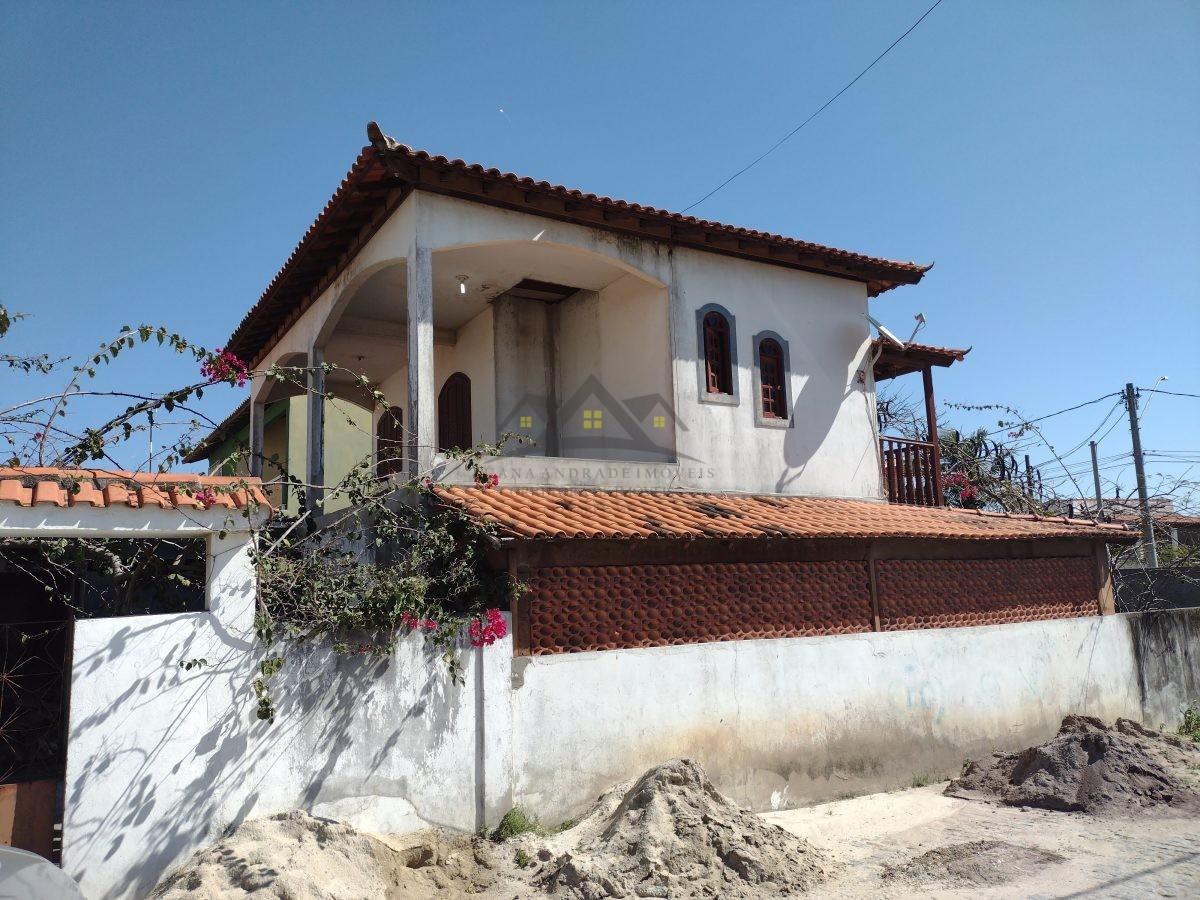 Casa entre a praia e o centro